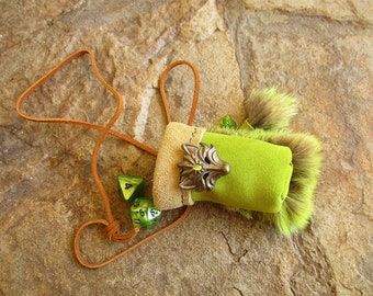 Green coyote leather dice pouch