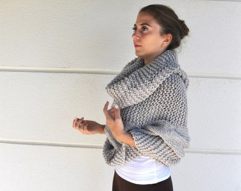 Poncho Cape Sweater Cardigan Chunky Wrap Sweater Hand Knit Beige Sand Oversized Knits