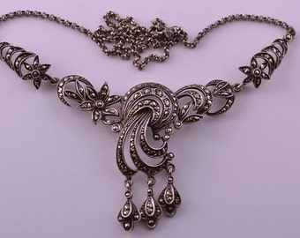 Silver Vintage 1950's Necklace With Marcasite (425z)
