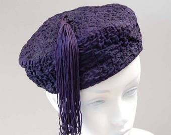 """Vintage Navy Blue """"Smoking"""" hat with ruching, long matching tassel,  No label, Fully lined, Very good condition 1930s?  1950s? EUC, Wearable"""