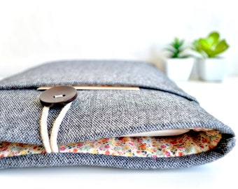 """Gray + Floral Kindle Sleeve, Kindle Case, Paperwhite Case, Kindle Oasis Case, Amazon Fire HD 8, Fire 7"""" Sleeve"""