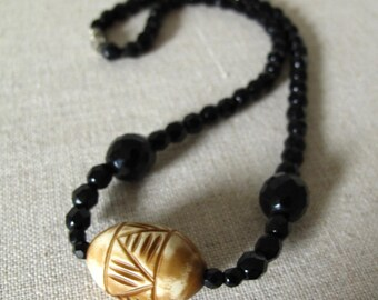 Vintage Beaded Boho Necklace black faceted beads