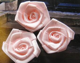 35mm Coral pink satin ribbon flower appliques (10 pcs)