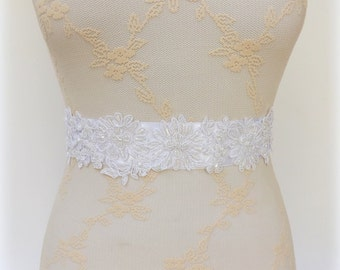 Embroidered sash. White sash. Floral lace sash belt. Bridal sash. Beaded sash.
