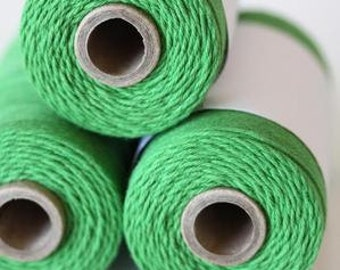 240 Yards (Full Spool) of Bakers Twine . Solid Peapod Green