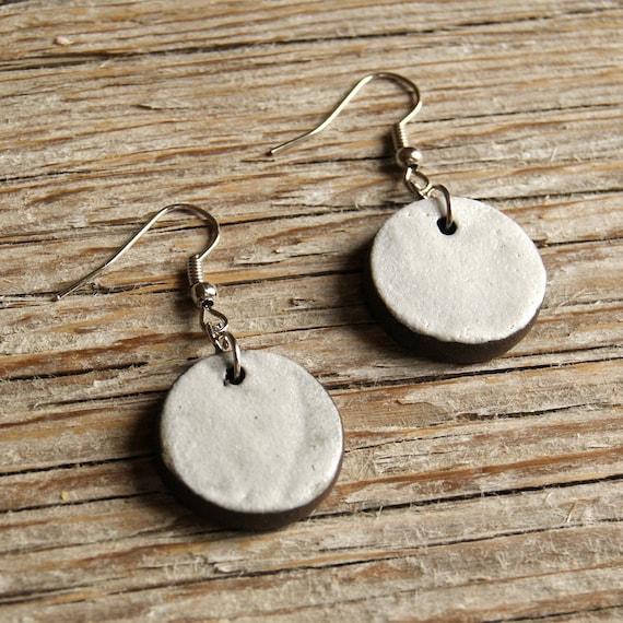 MEDIUM matte white round stoneware drop earrings