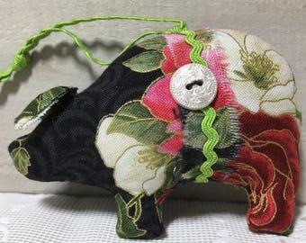 Christmas ornaments handmade - handmade pig ornaments - pig ornaments - shabby cottage ornaments - novelty animal ornaments - holiday pigs
