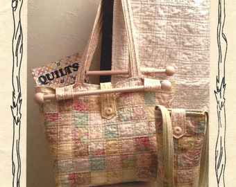 Take It To Class Tote - Ott Light Tote - Quilting Sewing Pattern - Designer Terry Albers for Hedgehog Quilts