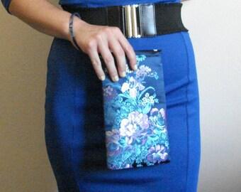 Floral Wristlet, Blue Wristlet, Side Envelope Wristlet