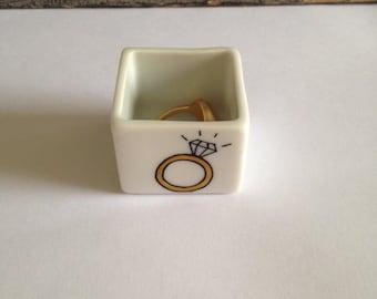 Rest-ring, ring holder porcelain for ring storage, diamond design, gilt silver, mothers gift, cheap