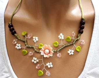 Soft pink flower necklace green and white