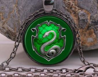 Harry potter hogwarts Necklace Pendant Dragon Dinosaur Chain Woemn Mens gift