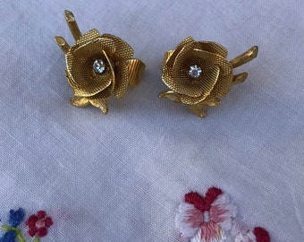 Vintage Gold Tone Flower Clip-On Earrings