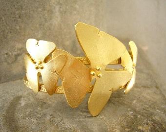 Flower bracelet, Floral bracelet, Statement bracelet, Statement Gold Cuff Bracelet, Bridal Cuff Bracelet, Summer bracelet,Botanical Bracelet