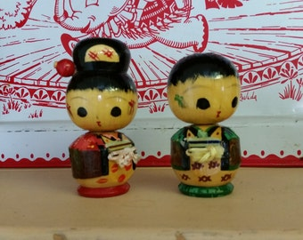 wooden  kokeshi japanese doll figurines