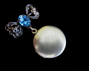 London Blue Topaz - Small Bridal Bouquet Locket