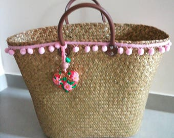 Glittery gold, rattan basket with pink PomPoms and heart pendant