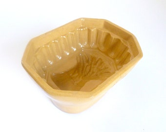 Antique 1800's Yellow Clay Pottery Food Mold with Wheat Sheaf Design