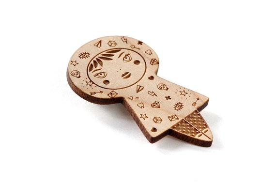 Tattoo girl brooch - lasercut maple wood - tattooed doll pin - cute jewelry - illustrated jewelry - kawaii doll jewellery - lasercutting