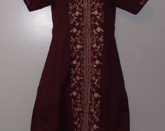 Vintage Two Piece India Ethnic Jasmine Tunic w/Draw String Pants Auburn Heavy Embroidery Short Sleeve Wedding Costume Hippie Boho Size Small