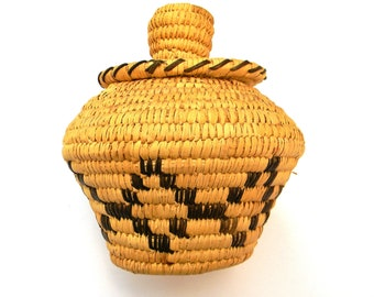 PAPAGO INDIAN BASKET / Vintage Indian Basket / Thono O'Odham Indian Basket / Native American Basket