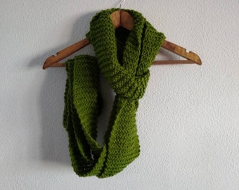 Imperfect Scarf (Green)