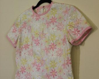 Fantastic Daisy Embroidered Shift Dress || 1960s || Medium || Size 6 || Retro Day Dress