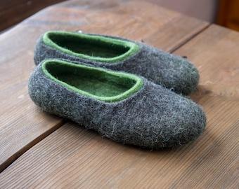 Non slippery felted wool slippers for women, Wool slippers gray slippers warm home shoes felted slippers for her, Hygge gift idea, Valenki