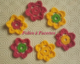 Fuschia flowers and yellow gold crochet cotton blend of 6 appliques