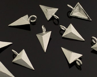 3146042 / Triangle / Sand Finished Rhodium Plated Brass Pendant 7.7mm x 14mm / 0.4g / 2pcs