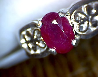 Beautiful Ruby Filigree Ring