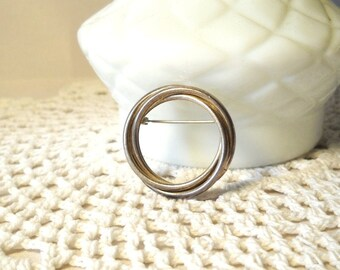 Vintage Brooch Circle Pin Twisted Knot Brooch Secretary Style