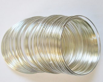 Findings, Silver Memory Wire 0.8 mm for bracelets,10 loops, metal findings
