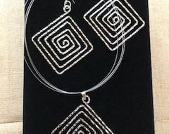 Lynda Earrings and Necklace Collection