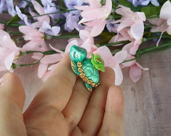 Polymer Clay Sea Turtle Pendant//polymer clay charms//gifts for her//holiday gifts//kawaii