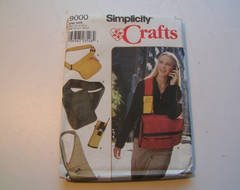 Simplicity Pattern Crafts 9000 Bags and Cell Phone Holder