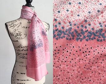 Vintage Floral Scarf, Vintage Scarf, Pink Floral Scarf, 70s Scarf, Vintage Spring Scarf, Pink Floral Shawl, Pink Scarf, Pink Wrap