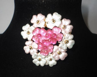 Stunning Frosted White And Pink Flower Brooch******.