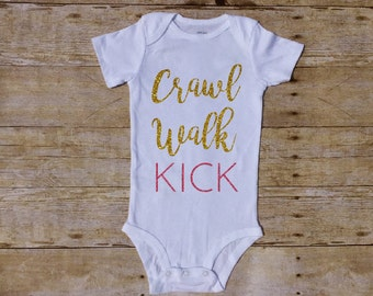 Crawl Walk Kick Outfit, Soccer baby, Kick Baby, Girl bodysuit, Girl Outfit, football baby, Soccer ball baby, Baby Shower, soccer ball Butt