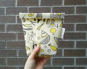 Reusable Beeswax Snack Bag, Beeswax Cotton Sandwich Bag, Reusable Snack Pouch, Eco-Friendly Waxed Bag, Food Safe Zero Waste Bag