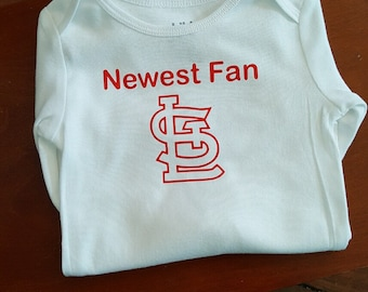 "Baby One Piece Bodysuit Tshirt T-Shirt ""Newest Fan"" with STL Logo St. Louis Cardinals"