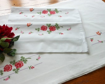 Unused All Cotton Vintage Hand Embroidered Full Size Sheet And Matching Pillowcases, Hand Embroidered Roses Sheet And Pillowcases