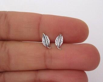 LEAF oxidized sterling silver stud earrings