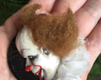Pennywise dimensional flat sculpted pendant