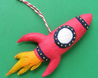 Rocket - felt Christmas ornament pattern
