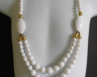 1960s Necklace Mod Necklace 24 Inch Necklace Chunky Necklace Statement Graduated Bead Necklace Two Tier Necklace White Statement Necklace