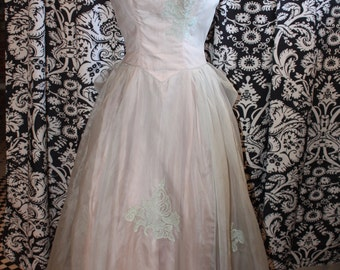 Vintage Late 1940's- Early 1950's Special Occasion Dress  Item # 357-FG