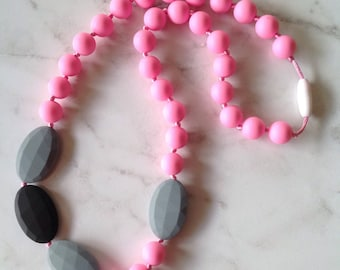 SALE! Silicone Teething Necklace - Gray & Pink