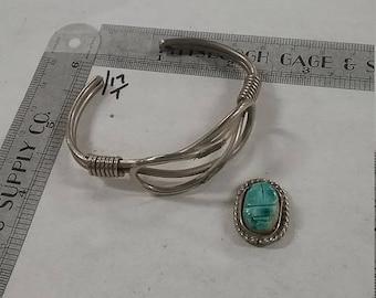 10%OFF3DAYSALE Silvertone  cuff bracelet stone and setting loose scarab