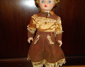 "Vintage cowgirl doll - 20"" plastic - Circa 1950"